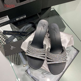 Black Cutters Australia - Top quality low cutter slippers casual shoes sandal shoes women size 35 -39 silver and black
