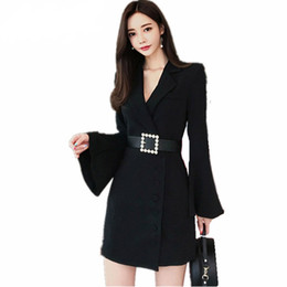 Discount xl black flare dress - High QUALITY New 2019 Runway Designer Dress Women's Flare Sleeve Notched Collar Single-breasted black and white Dre
