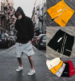 Wholesale polyester street style resale online – Mens Shorts Streetwear Essentials High Street Shorts for Men Hip Hop Style Streetwear with Colors