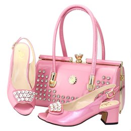 Purple Wedding Shoes For Women Australia - 2019 Latest Purple Color Italian Shoes With Matching Bags For Wedding Nigerian Summer Style Women Wedding Shoes And Handbag