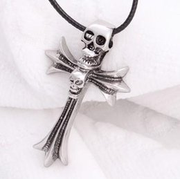 skull wing pendants Canada - Hot Best selling Devil's Wing male rock punk Pendant Necklaces Skull cross Pendant Necklaces men's rock jewelry