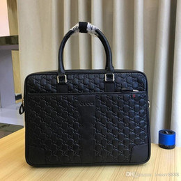 Fashion hand carry bags online shopping - Classic Fashion Design Bags Are Compact Easy To Carry Hand Bags With Good Leather Quality Number
