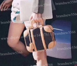 Phone cases chained bags online shopping - 2019 Fashion Trunk Handbag Women s Mini Luggage Genuine Leather Case Shoulder Bag with Chain Mini Crossbody Bag