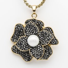 Pendant Clay NZ - Black Rhinestone Alloy Clay Pearl Rose Flower Pendant Chain Necklace Silver & Gold Color Couture Jewelry Valentine Gifts for Women Wholesale