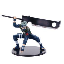 Venta al por mayor de Figura de acción de Naruto Kakashi Sasuke PVC FMRXK 14cm con el cuchillo de lucha contra el animado marionetas del modelo de juguete de escritorio Colección para Niños Niños T200321