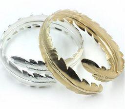 $enCountryForm.capitalKeyWord Canada - New fashion arrival metal leaves serrate bangle Fashion Silver Gold plated Punk wind Jewelry for women