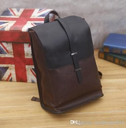 $enCountryForm.capitalKeyWord Australia - factory mens bags retro crazy horse leather men travel backpack in Europe and the leisure outdoor large capacity color matching men backpack