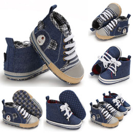 Fashionable Flat Shoes Laces Canada - Newborn Infant Toddler Baby Boy Girl Spring And Autumn Soft Sole Crib Shoes Fashionable Durable Sneaker Suitable For 0-18 Months
