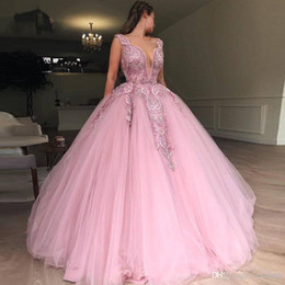 engagement dresses straps sleeves Australia - 2019 Latest Pink Tulle Ball Gown Prom Dresses Heavy Beading Engagement Photos Red Carpet Formal Dress Charming Evening Wear