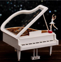 $enCountryForm.capitalKeyWord Australia - Small rotating ballet girl piano octave creative simulation model music box Christmas gifts for lovers
