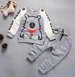 Bear Christmas Suit Australia - Baby Boys And Girls Suit Brand Tracksuits Kids Clothing Set Hot Sell Fashion Spring Autumn Long Sleeve Cartoon Bear two piece suit clothes