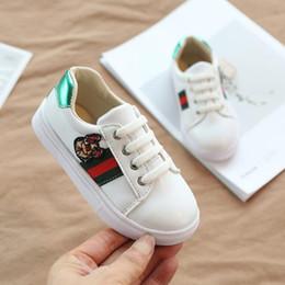 Опт Девочки Детская обувь Детская искусственная кожа первые ходунки удобный малыш новорожденный кроссовки мальчики обувь Детская обувь