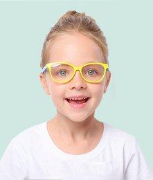 a3db86cc6b 2018 nuevas gafas anti-azules para niños marea niños y niñas gafas anti-UV  marco de silicona F8142