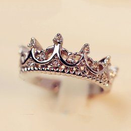 Wholesale New fashion trend pc bag princess crown wedding ring rose gold and silver female party jewelry wedding gift