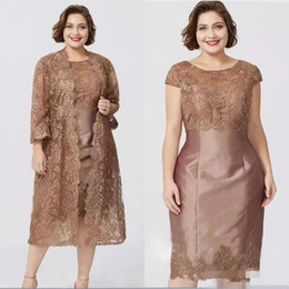 dfc7a5b2059 Elegant Gold Plus Size Taffeta Mother of The Bride Dresses Long Sleeve Lace  Jacket Applique Tea Length Prom Dress Formal Mother s Dress