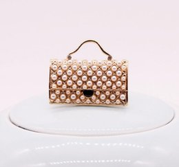 $enCountryForm.capitalKeyWord UK - 2019 new hot Korean version of the creative model pearl handbag brooch women alloy plating high-grade brooch pin needle