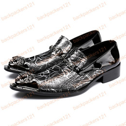 Supply 2019 Fashion Men Dress Shoes Punk Rivet Rhinestone Black Party Wedding Shoes Pointed Toe Flats Driving Shoes Loafers Le-20 Men's Shoes
