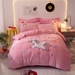 pink velvet bedding UK - Pink Cartoon Unicorn Mermaid Embroidery Soft Winter Velvet Fleece Flannel Girls Bedding sets Duvet Cover Bed Sheet Pillowcases