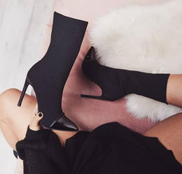 Wholesale women cloth sale online – oversize 2019 autumn winter hot sale new arrival Sharp elastic cloth collated lady boots autumn winter black and white women boots euro size