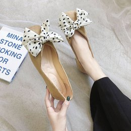 Discount flat bow lace shoes - Autumn Flat Shoes Women's Shoes Bow Flat Shallow Elegant Low-heeled Non-slip Female Pointed Thick U19-54