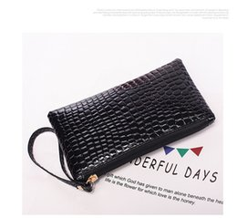 $enCountryForm.capitalKeyWord Australia - 2019 New Crocodile Wallet, Long Ladies Hand Wallet, Pu Coin Purse, Clutch Bag, Multi-color Optional Wallet