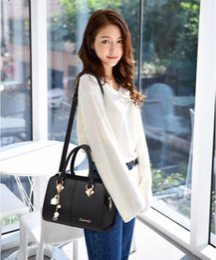 $enCountryForm.capitalKeyWord Australia - Top Quality Large Capacity Bag Handbags Top Handles 2019 brand fashion designer luxury bags backpack purses cross body handbag England Rubis