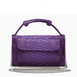 Ostrich Leather Clutch Bag Australia - Cowhide Leather Women Messenger Bags Brand Crossbody Bags Female Fashion Shoulder Bags Crocodile Pattern Clutch Small Handbags