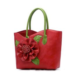 champagne colored flowers Australia - Fashion women's bag 2019 new dumpling type clash-colored hand-held single shoulder slant with flowers wrapped in white