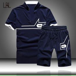 $enCountryForm.capitalKeyWord NZ - Men Sets Summer Casual Men's Tracksuit T Shirt+Shorts 2PC Set Sport Sweatwear 2019 Fashion Sport Suits Male T-Shirt Short Sleeve