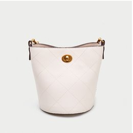 Korean new product online shopping - Charismatic2019 Pattern Bag Tidal Prism Chain The Korean Version Of All match Cable Satchel Summer New Product Single Shoulder Bucket