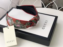 Femmes Marque Silk Bandeaux meilleure qualité Marque fraise design Bandeaux foulard pour les femmes tête fille headwraps Cadeaux H184 en Solde