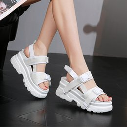 $enCountryForm.capitalKeyWord Australia - New Summer Women Sandals Buckle Design Black White Platform Sandals Woman Comfortable Women Thick Sole Beach Shoes Woman Slip On