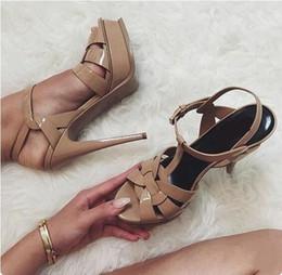 Doce Cor Nude Preto Couro De Patente Com Strappy Sandália Plataforma T-Bar Sapatos de Alta Stiletto Heels Senhoras Vestido Sapatos de Noiva venda por atacado