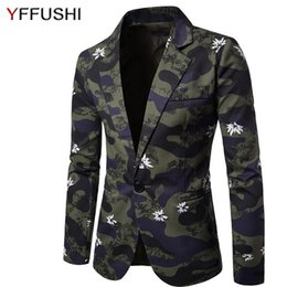 $enCountryForm.capitalKeyWord Australia - YFFUSHI 2017 New Arrival Men Suit Jacket Fashion Floral Print Amy Green Camouflage Jacket Masculino Casual Style Slim Fit