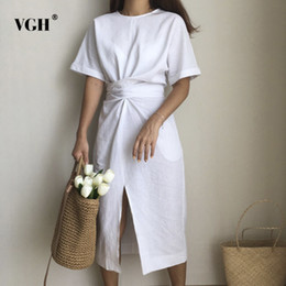 Summer Street Fashion Vintage Dresses Australia - VGH 2018 Korea Design Summer Dresses Solid Color Loose O Neck Natural Waist Vintage Split The Fork Fashion Women Dress T19053101