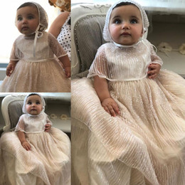 $enCountryForm.capitalKeyWord Australia - 2019 Long Chidren Christening Gowns For Baby Girls Lace Appliqued Beads Baptism Dresses With Bonnet First Communication Dress