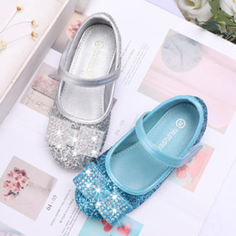 $enCountryForm.capitalKeyWord Australia - Summer New Girls Crytal Shoes Kids Fashion Buckle Rhinestones Single Shoes Children High Heels Girl Princess Dance Dress Shoes605-181