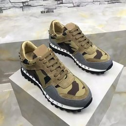 Discount rock band shoes - 2019 Designer Rock Stud Sneaker Shoes High Quality Women,Men Casual Shoes Rock Runner Trainer Party Wedding Shoes