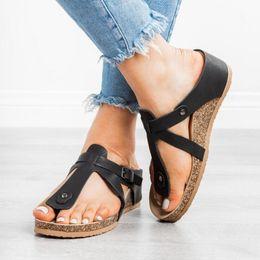 $enCountryForm.capitalKeyWord Australia - Designer Flat Shoes Women Men Sandals Soft Footbed Thong Sandal Black Brown Buckle Slippers Cork Healthy Foot Care Slides Flip Flops