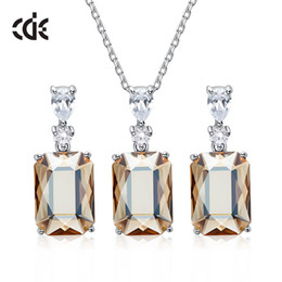 wedding crystal shell gifts NZ - Wedding Party silver S925 beaded pearl gift woman lady diamond jewelry set for bride acting initiation graduation CDE-836