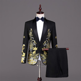 $enCountryForm.capitalKeyWord NZ - Halloween European Court Black 2 Piece Jacket Pants Suits Gold Embroidery Slim Men's Stage Singer Tuxedo Costumes