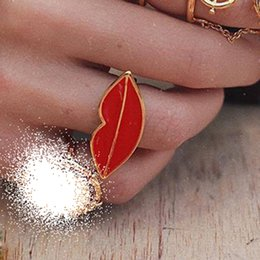 $enCountryForm.capitalKeyWord Australia - 2019 New Fashion Street Style Red Lips Ring for Women Cute Small Adjustable Lip Midi Knuckle Ring Lady's Jewelry Accessories