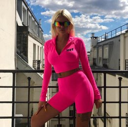 $enCountryForm.capitalKeyWord Australia - Sports suit long sleeve high neck zipper letters print crop tops bodyocn shorts Two piece suit fashion Tracksuits women casual Fitness suit