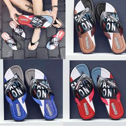 $enCountryForm.capitalKeyWord Australia - trend Leisure Rubber Slide designers Sandal Slippers blue Red black Stripe Design Men Classic men Summer Outdoor beach Flip Flops