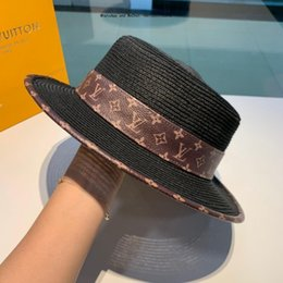 $enCountryForm.capitalKeyWord Australia - Luxury Designer Hats Wheat For Women Flat Top Straw Summer Spring Trip Sun