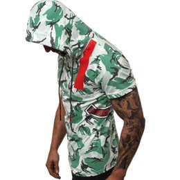 d79a20d2f9bed 2019 Summer Mens Tshirt 3D Printed Short Sleeved Camouflage Colorblock  Hooded T-shirt Hot Sale Mens Clothing
