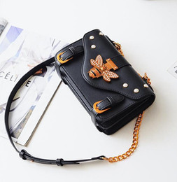 Lovely Chains Australia - Factory wholesale brand women handbag retro leather shoulder bag fashion studded bee women shoulder bag sweet and lovely Joker Chain bag