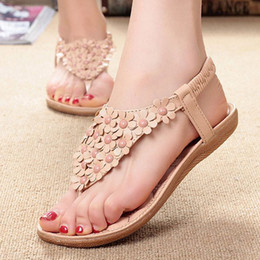 fb86f857b1b1c MUQGEW Fashion Summer Bohemia Sweet Beaded Sandals Sex Clip Toe Sandals  Beach Shoes Khaki And White Color With Size 35-39  1203