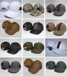 Toptan satış Moda 2019 Sıcak Satış Yüksek Kaliteli Beyzbol Şapkası Paris Hip Hop Nakış spor Şapka Beyzbol Şapkası Erkekler Ve Kadınlar Açık Kapaklar Ördek Dil Şapka