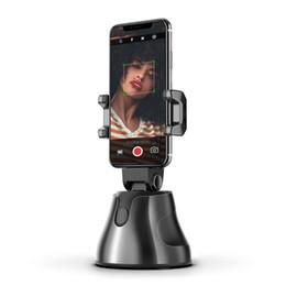 Vente en gros Logo personnalisé 360 Suivi objet Rotation automatique du visage selfie bâton intelligent L'appareil photo Phone Holder